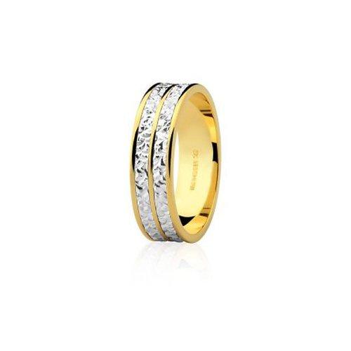 7ab9cb03caf04 Alianças Safira   Aliança em Ouro Amarelo Branco 18k Sem Diamante