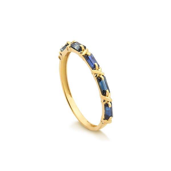 4a99f4b09bcc6 Anéis · Safira · Anel em Ouro 18k com Safiras